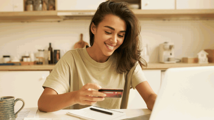How to Identify Good Credit Card Advice on Social Media – CreditCards.com