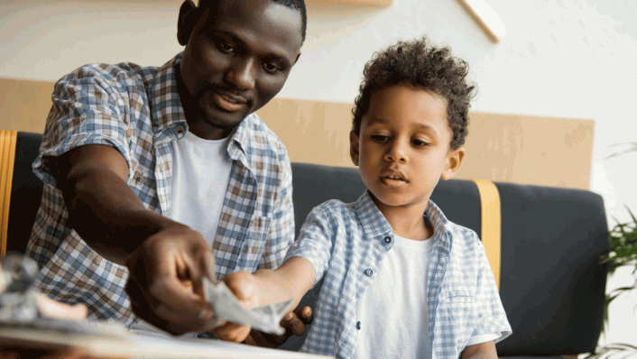 Back to School – 6 Tips When it Comes to Kids and Money